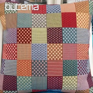 Decorative Pillow-case tapestry GEO COLOUR